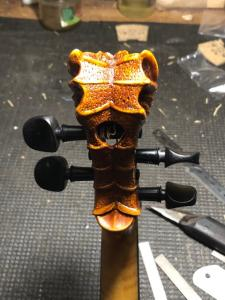 The Dragon, by Patrick Charton. Ebony Swiss 7.8mm violin pegs